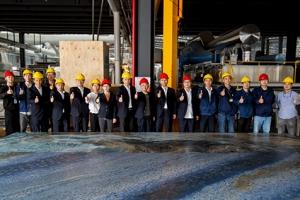 Monalisa برای تولید بزرگترین اسلب سرامیکی جهان با Sacmi همکاری میکند